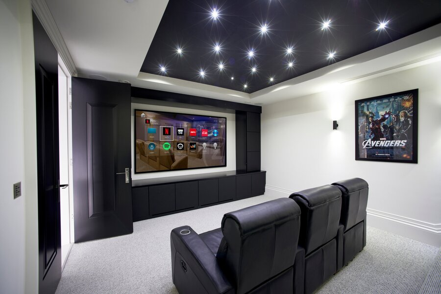 The Importance of Working with a Home Theater Company