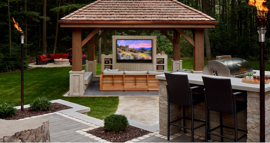 Miss the Drive-In? Build an Outdoor Home Theater!