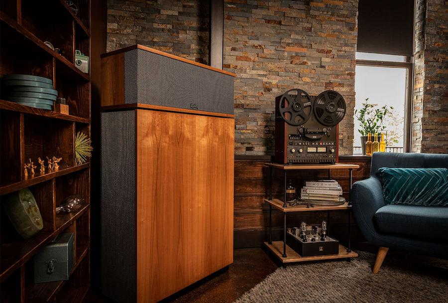 What Makes the Klipschorn Perfect for HiFi Stereo Systems?