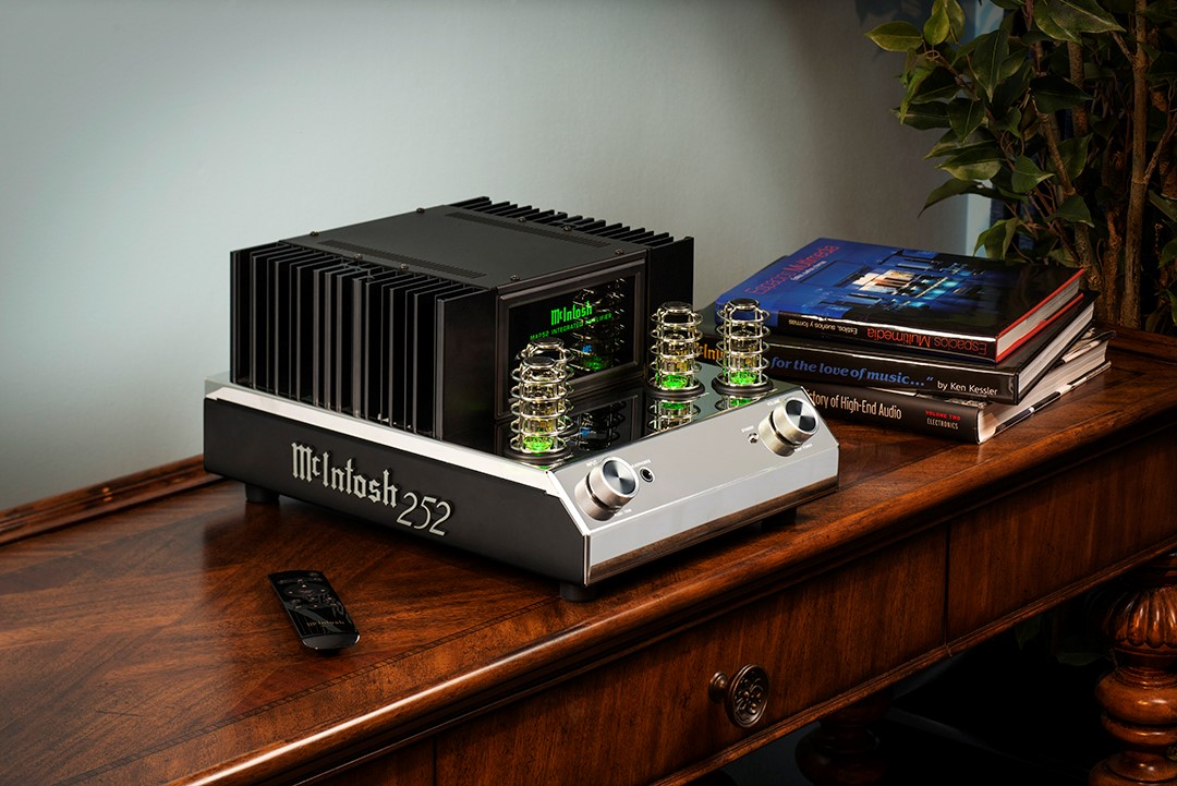 Georgia Home Theater Product Review: McIntosh MA252