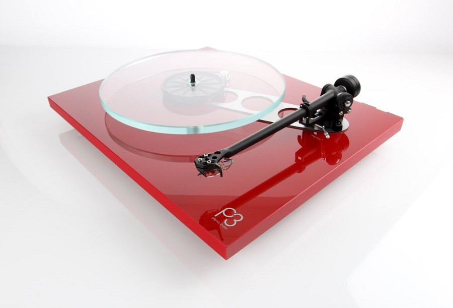 How to Embrace the Vinyl Resurgence with Rega Planar Turntables