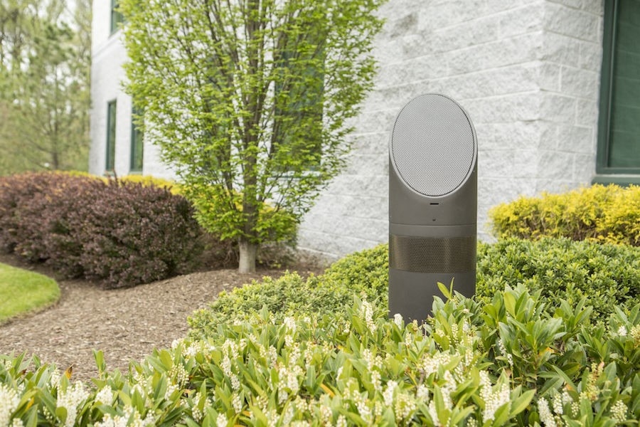 Use Outdoor Speakers to Create the Perfect Al Fresco Ambiance